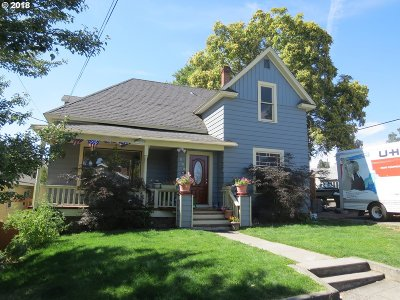 Pendleton Single Family Home For Sale: 223 NW 7th St