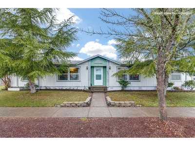 McMinnville Single Family Home For Sale: 1823 SW Alexandria St #50
