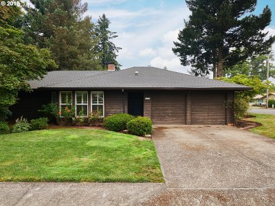 Canby Single Family Home Sold: 210 NW 12th Ave