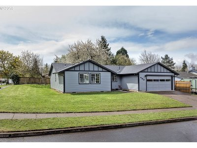Hillsboro, Cornelius, Forest Grove Single Family Home For Sale: 490 S Emerald Loop