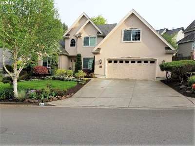 Springfield Single Family Home For Sale: 6111 Fernhill Loop