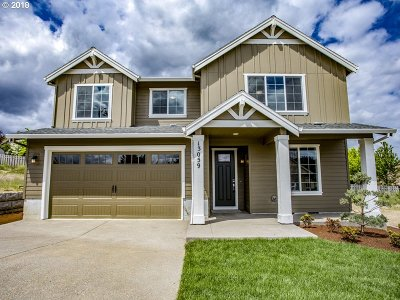 Happy Valley Single Family Home For Sale: 13059 SE Gateway Dr