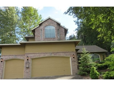 Clackamas County Single Family Home For Sale: 11456 SE Idyllwild Ct