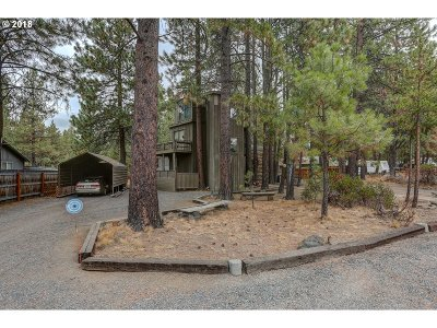 Bend Single Family Home For Sale: 18934 River Woods Dr