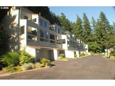 Lake Oswego OR Condo/Townhouse For Sale: $349,900