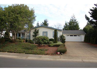 Florentine Estates Single Family Home Pending: 454 Sherwood Loop