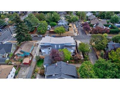 Condo/Townhouse For Sale: 3257 NE Prescott St