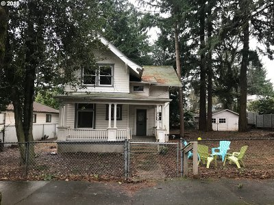 Single Family Home For Sale: 230 NE 65th Ave