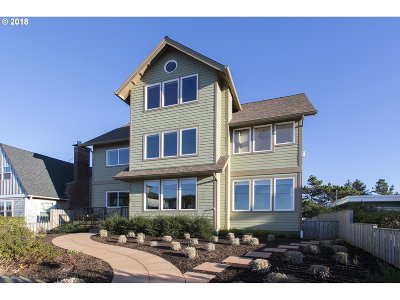 Seaside Single Family Home For Sale: 2385 Ocean Vista Dr