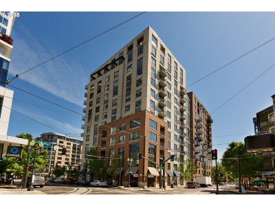 Portland Condo/Townhouse For Sale: 922 NW 11th Ave #701