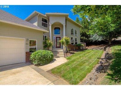Roseburg Single Family Home For Sale: 2984 NW Daysha Dr