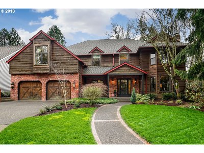 Lake Oswego Single Family Home For Sale: 5676 Suncreek Dr