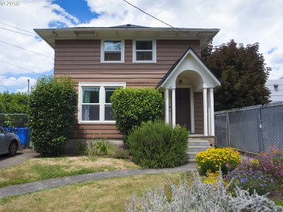 Multi Family Home For Sale: 3757 SE Clay St