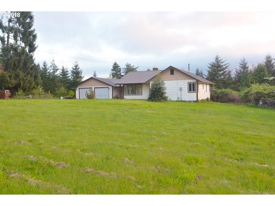 Coquille OR Single Family Home For Sale: $330,000