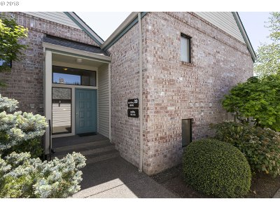 Tigard Condo/Townhouse For Sale: 16466 SW 130th Ter #116