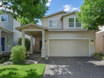 Milwaukie Single Family Home For Sale: 5847 SE Tranquil Ct
