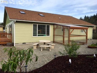 Bandon Single Family Home For Sale: 1288 Indiana Ave