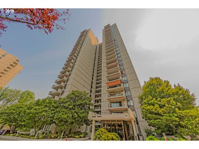 Portland Condo/Townhouse For Sale: 2221 SW 1st Ave #521