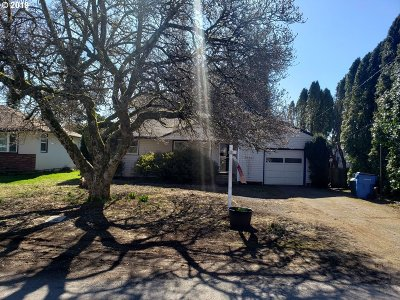 Washougal Single Family Home For Sale: 950 G St