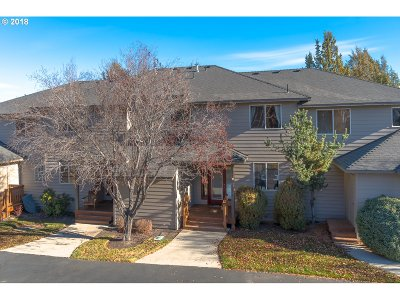 Single Family Home For Sale: 1052 Golden Pheasant Dr