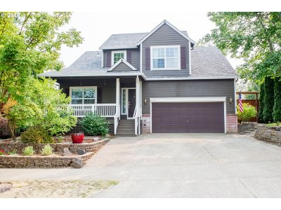 Forest Grove Single Family Home For Sale: 2609 Strasburg Dr