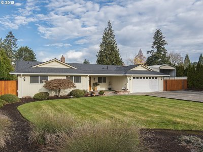 Beaverton Single Family Home For Sale: 18655 SW Longacre St