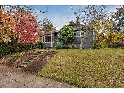 Single Family Home For Sale: 1806 SE Miller St