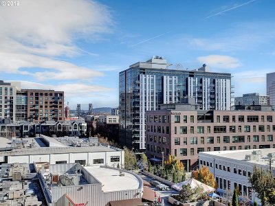 Portland Condo/Townhouse For Sale: 1420 NW Lovejoy St #505