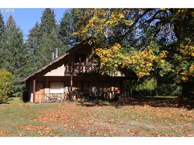 Clackamas County Single Family Home For Sale: 51695 SE Cherryville Dr