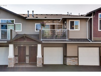 Beaverton Condo/Townhouse For Sale: 14690 SW Sandhill Loop #203