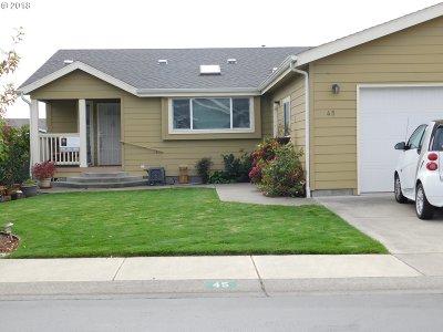 Brookings Single Family Home For Sale: 98126 W Benham Ln