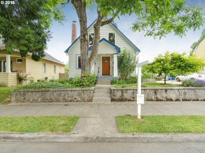 Single Family Home For Sale: 9036 N Tioga Ave