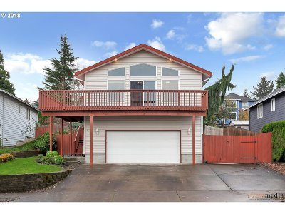 Troutdale Single Family Home For Sale: 2124 SW Daybreak Way