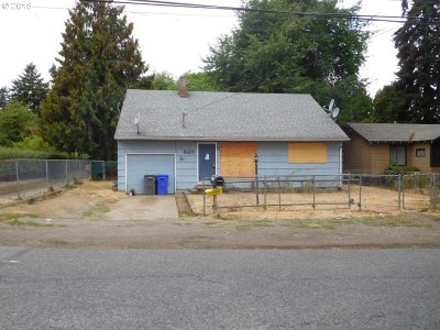 Single Family Home For Sale: 6211 SE 136th Ave