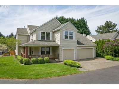 Tualatin Single Family Home For Sale: 9455 SW Cherry Ln