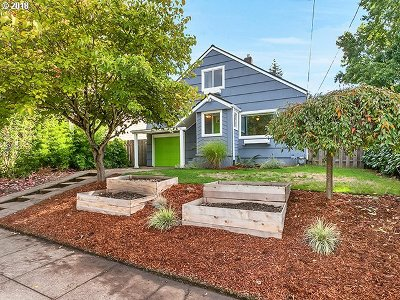 Single Family Home For Sale: 2426 N Webster St