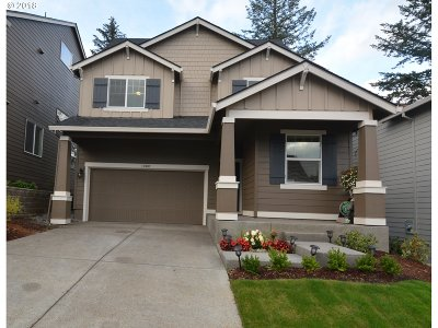 Happy Valley Single Family Home For Sale: 17007 SE Rhododendron St