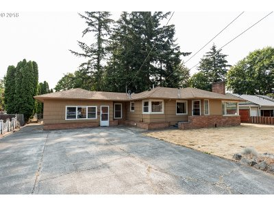 Portland Single Family Home For Sale: 1738 NE 119th Ave