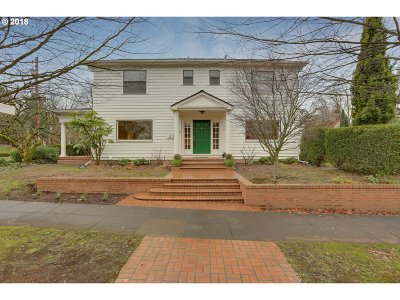 Single Family Home For Sale: 3330 NE Glisan St