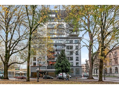 Condo/Townhouse For Sale: 300 NW 8th Ave #509