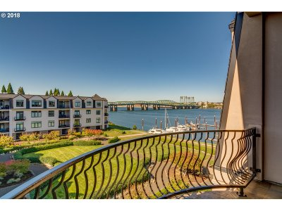 Condo/Townhouse For Sale: 707 N Hayden Island Dr #412