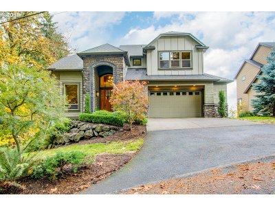Northwest Portland Single Family Home For Sale: 8842 NW Shepherd St