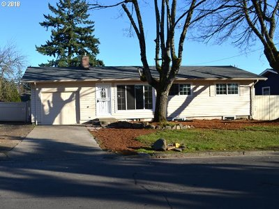 Portland Single Family Home For Sale: 432 SE 167th Ave