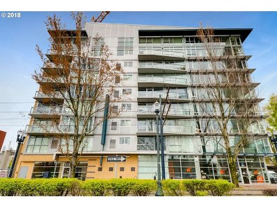Portland Condo/Townhouse For Sale: 533 NE Holladay St #805