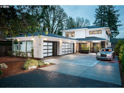 Lake Oswego Single Family Home For Sale: 3120 Upper Dr