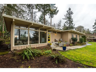 West Linn Single Family Home For Sale: 5536 Broadway St