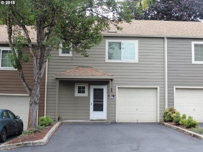 Tualatin Single Family Home For Sale: 7137 SW Sagert St #104