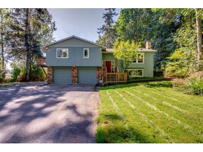 West Linn Single Family Home For Sale: 31200 SW Riverwood Dr