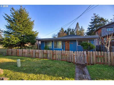 Bandon Single Family Home For Sale: 980 2nd St NE
