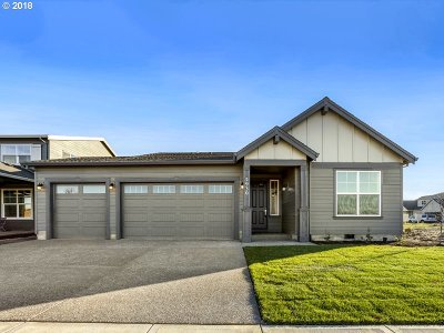 Newberg Single Family Home For Sale: 2930 Juniper Dr